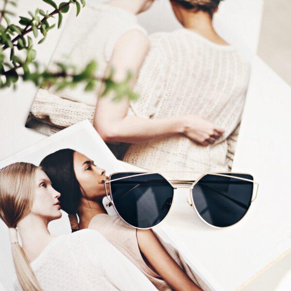 black suglasses online