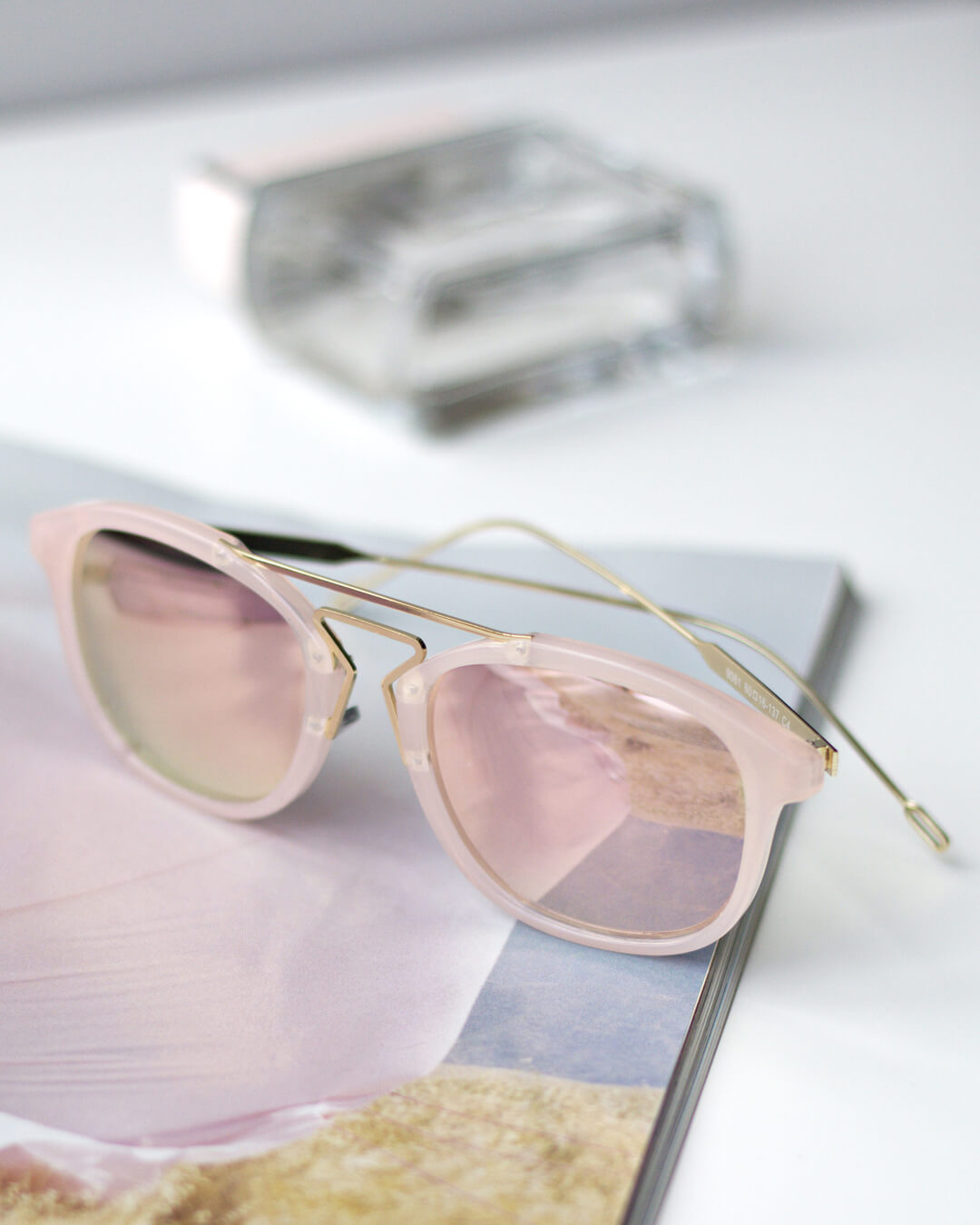 Abstract Shades Colour Rose Gold 3