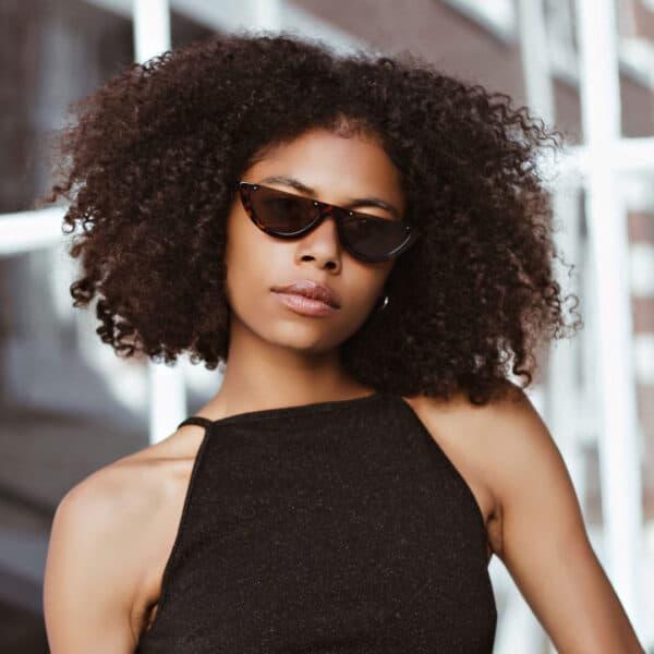 black sunglasses - buy online - iamtrend