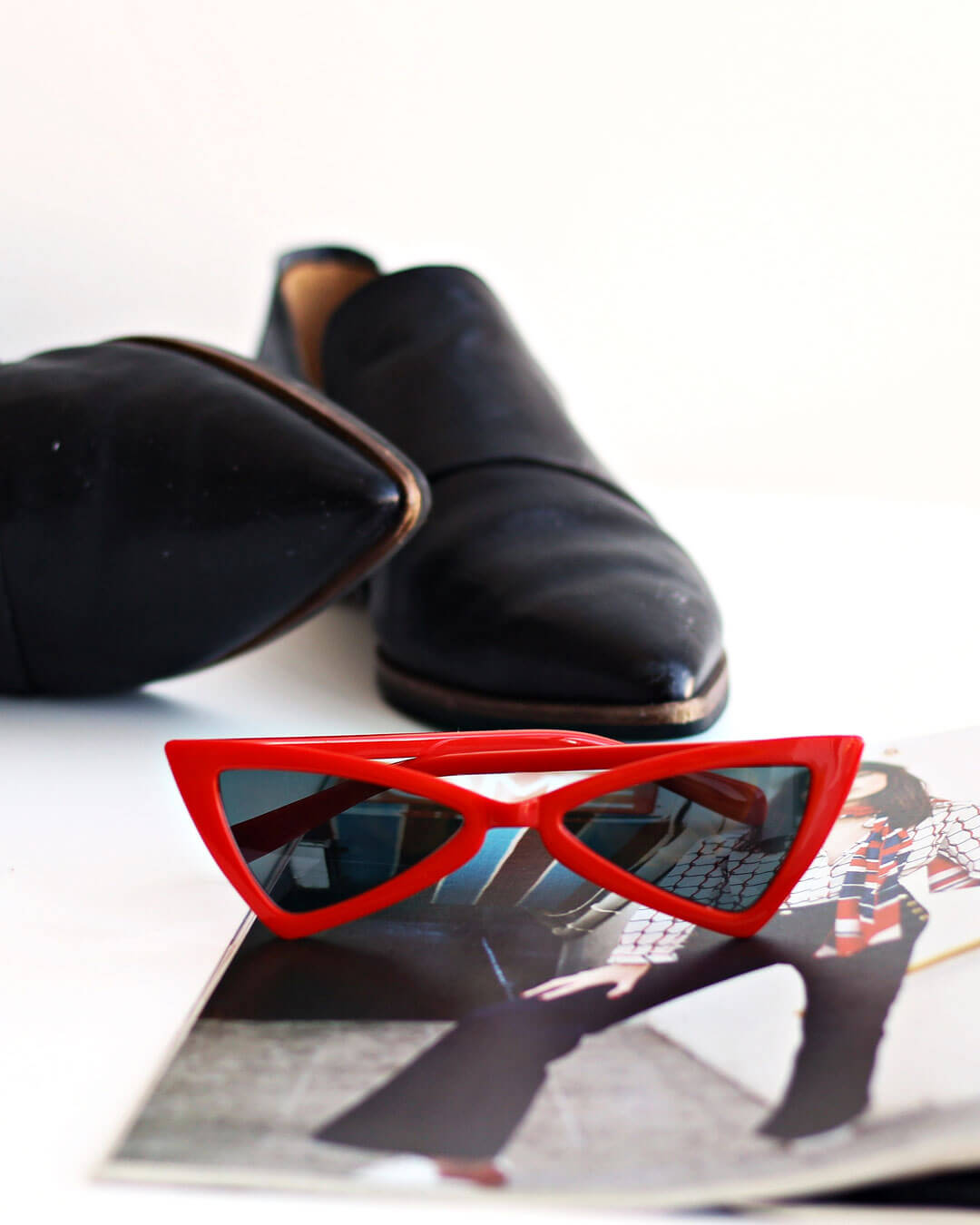 Triangle Red Sunglasses