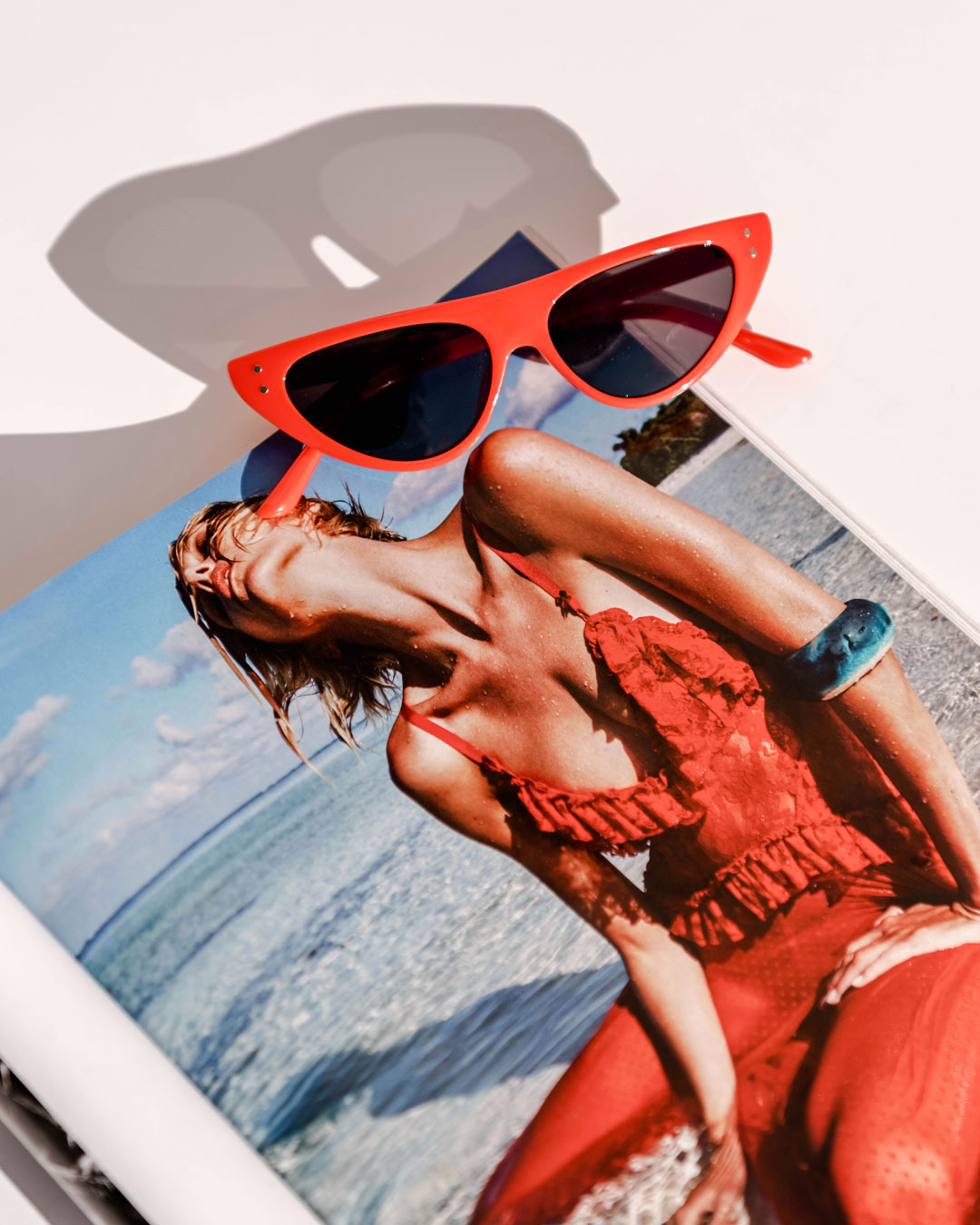 red cat eye fashion sunglasses