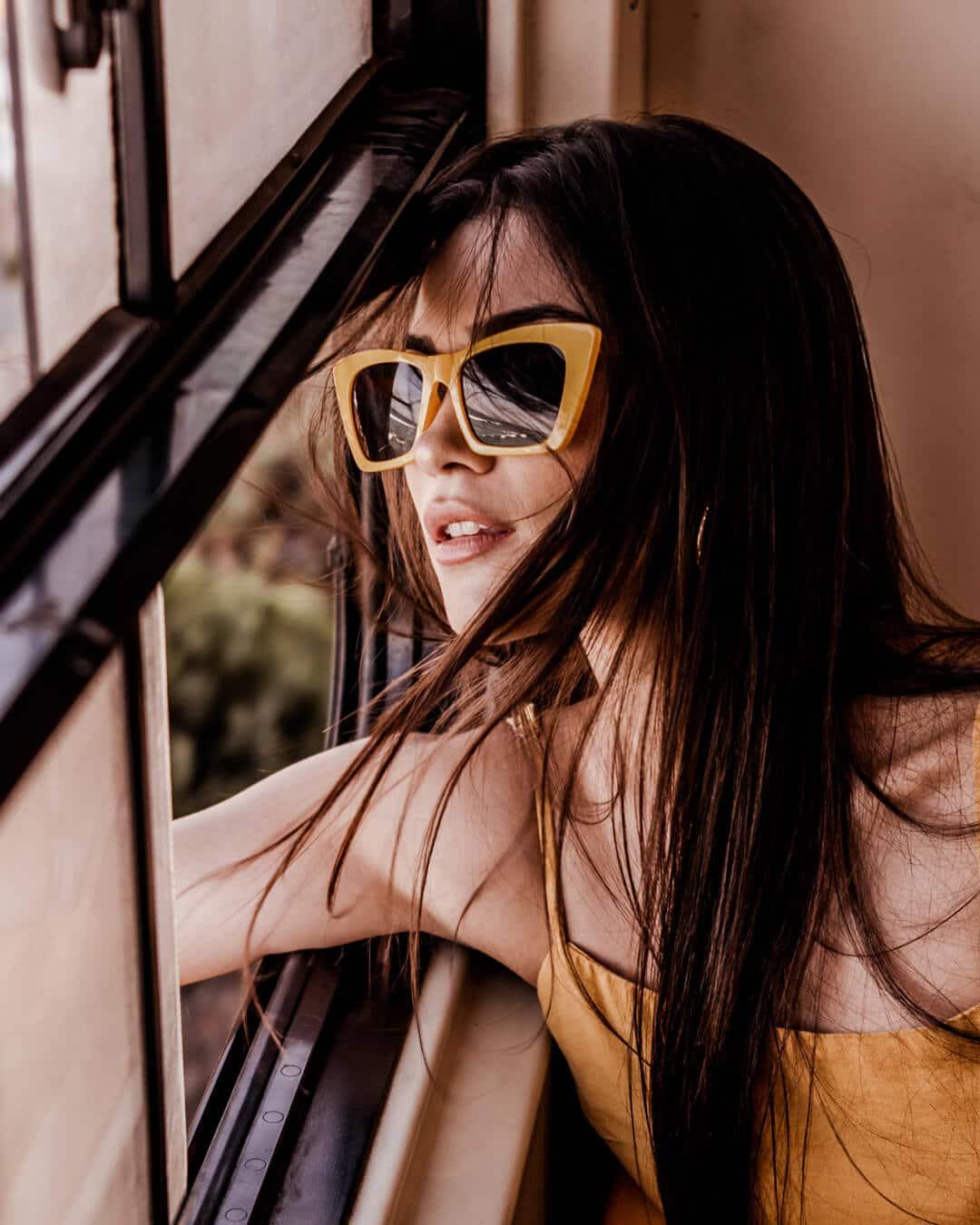 Olivia-Shades---Colour-Mustard-3