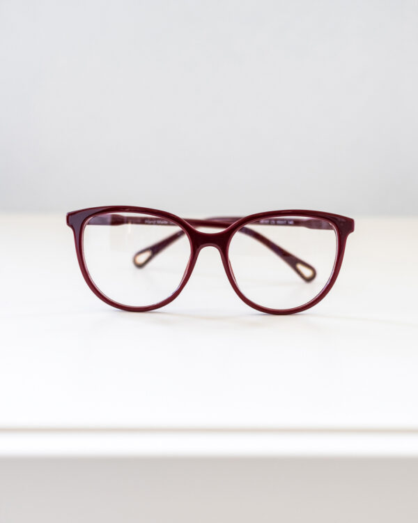 Round Burgundy glasses