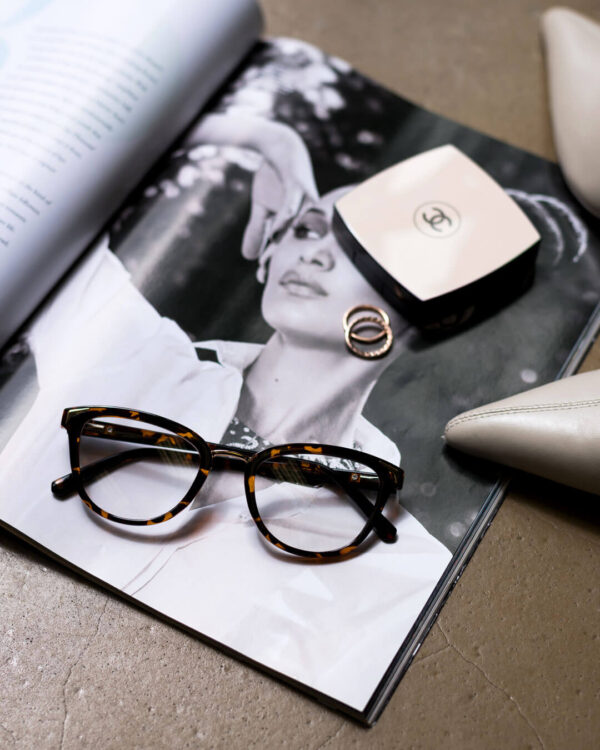 tortoise shell opticals eyewear