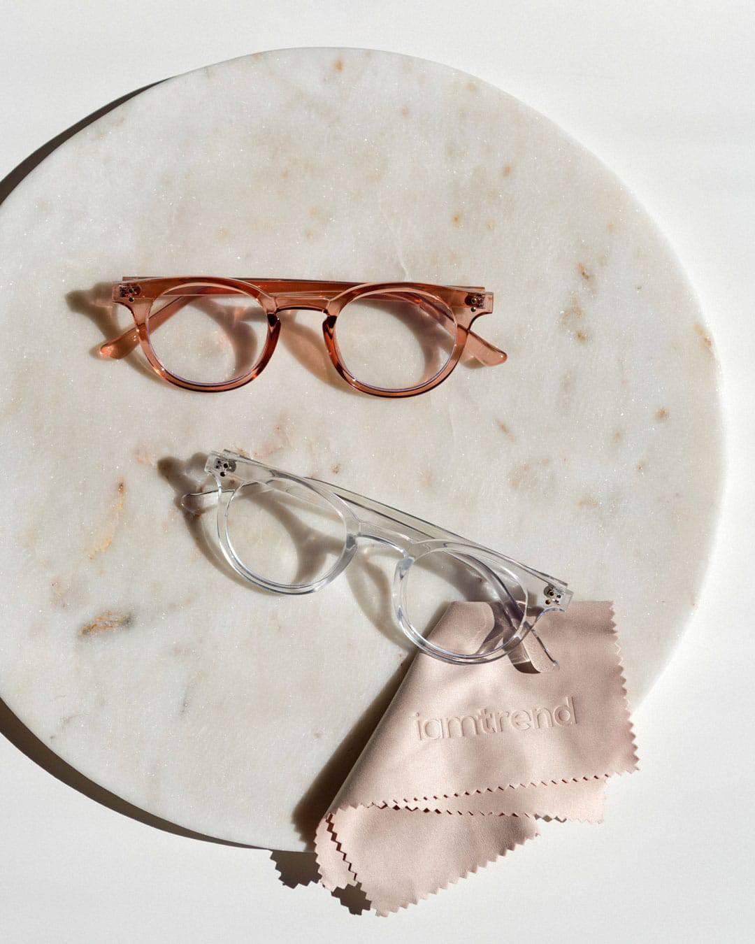 small blue light glasses