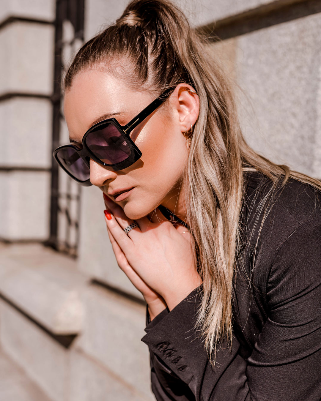 Khloe-Shades---Black
