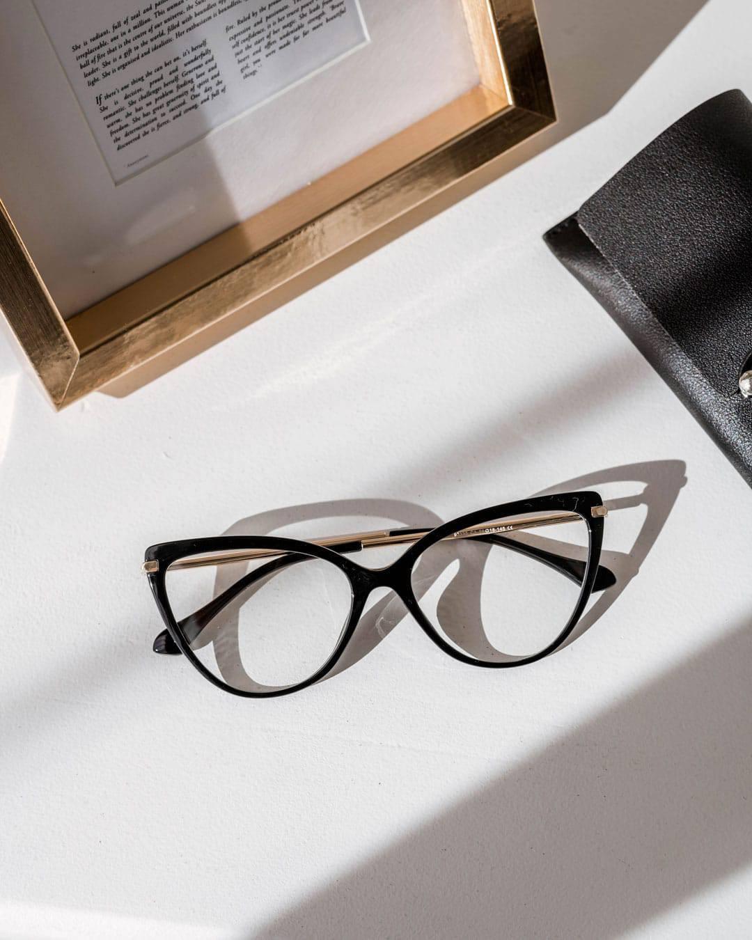Cateye black blue light blocking glasses