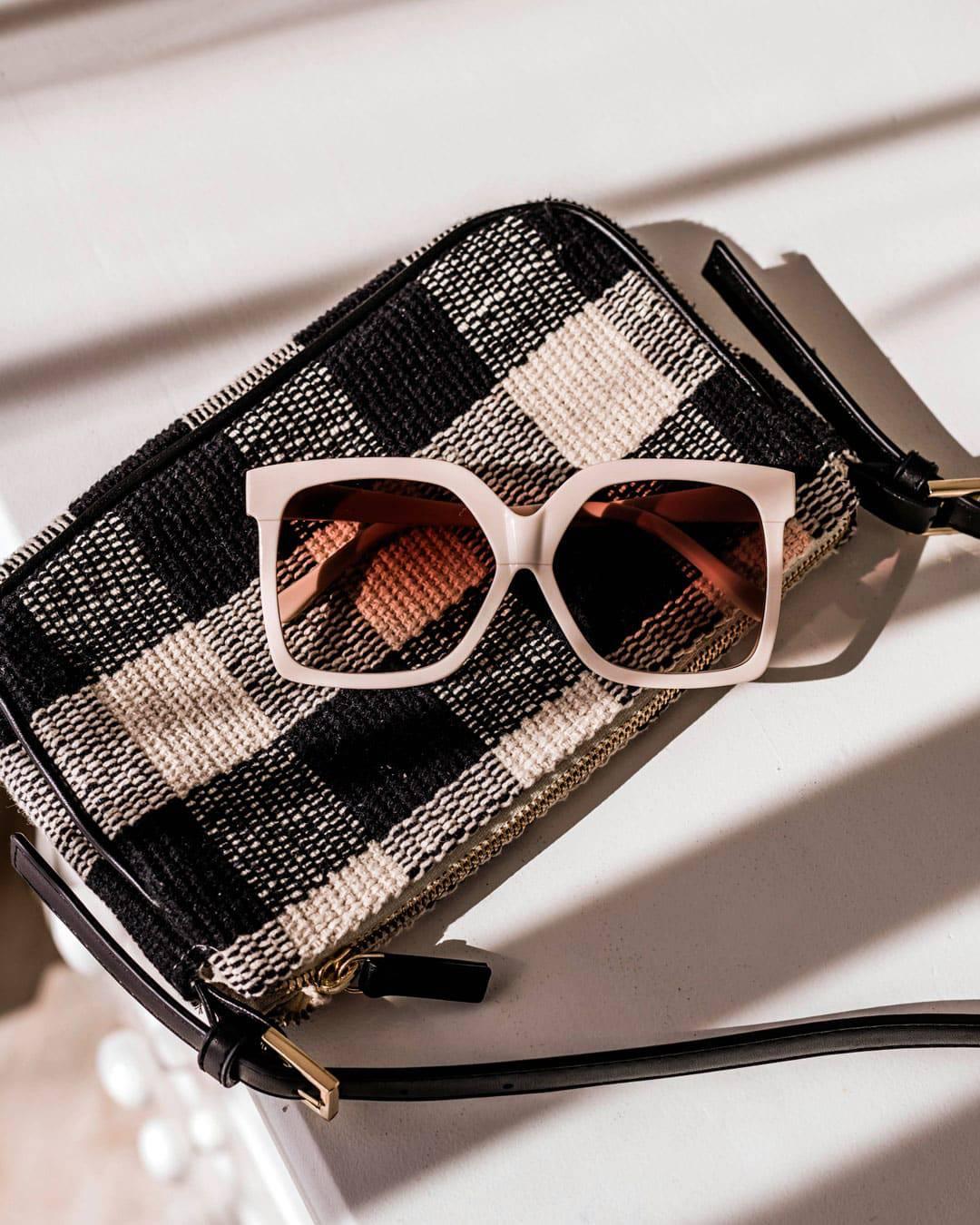 Oversized square shades