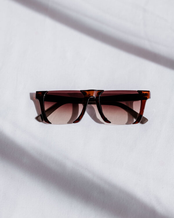 brown rimless sunglasses